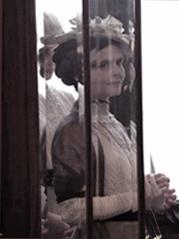 Michaela Ehrenstein als Sofie von Waldegg Setphoto: Josseline Haertdl